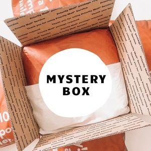 🧡 MYSTERY BOX 🧡
